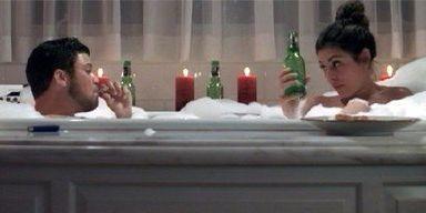 Jerry Ferrara e Jamie-Lynn Sigler in una scena dell'episodio 'Drive' della sesta stagione di Entourage