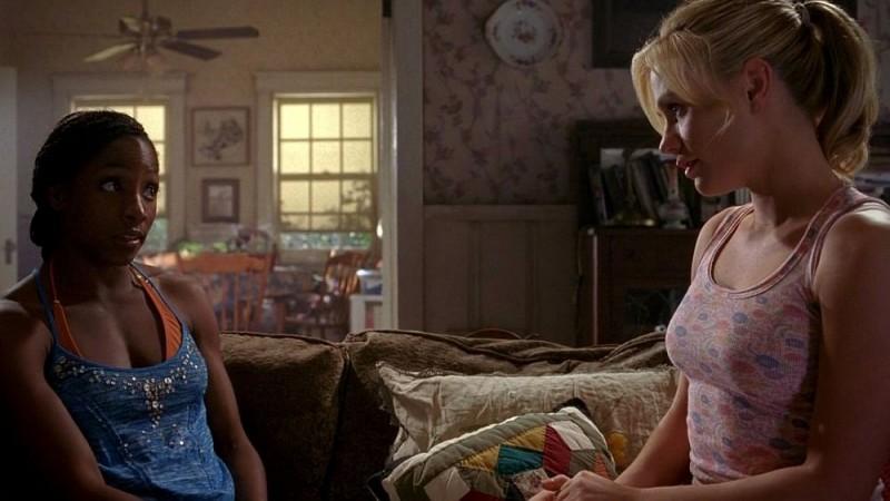 Rutina Wesley e Anna Paquin in una scena dell'episodio 'Shake and Fingerpop' della serie tv True Blood