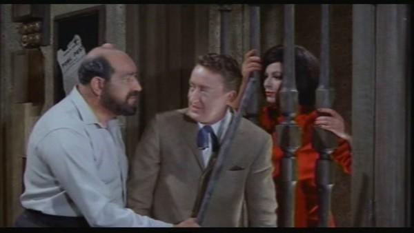 Danny Green con Tom Poston e Fenella Fielding