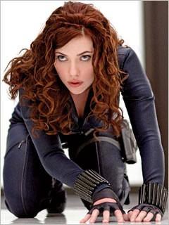 Scarlett Johansson in una delle prime immagini di Iron Man 2 nel quale interpreta Black Widow.