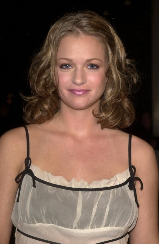 L'attrice A.J. Cook alla premiere del film Final Destination 2, nel 2003