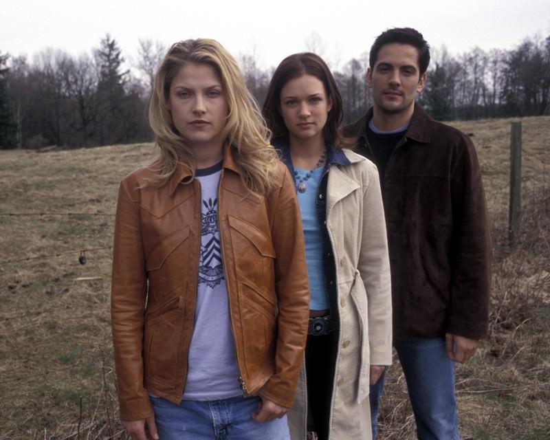 Una foto promo con: A.J. Cook, Ali Larter e Michael Landes del film 'Final Destination 2'