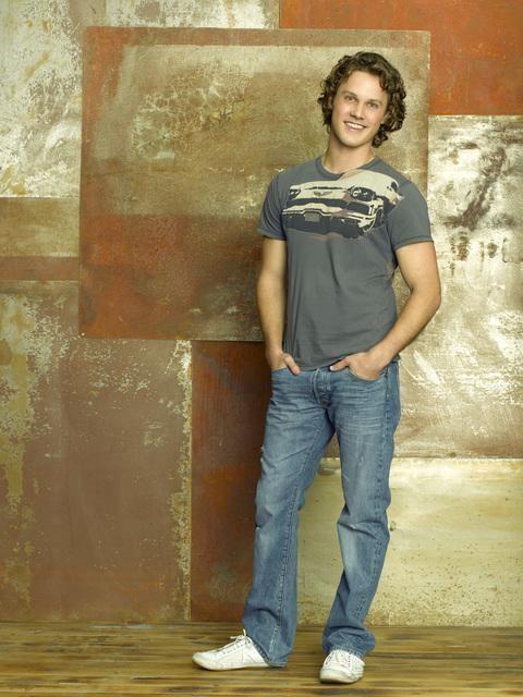 Zachary Abel in una foto promozionale della serie Make It Or Break It