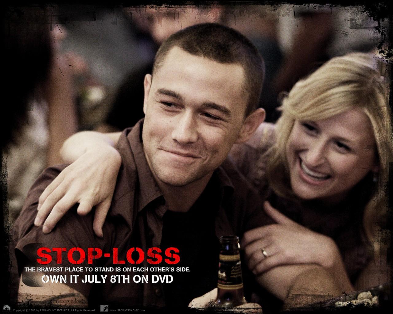 Un wallpaper ufficiale del film Stop Loss, con Joseph Gordon-Levitt