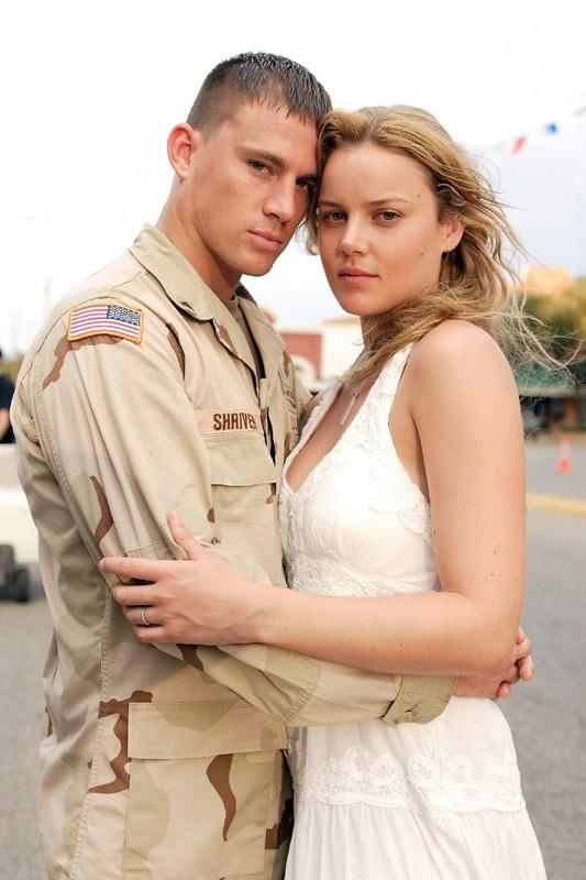 Channing Tatum e Abbie Cornish in una foto promo del film 'Stop Loss'