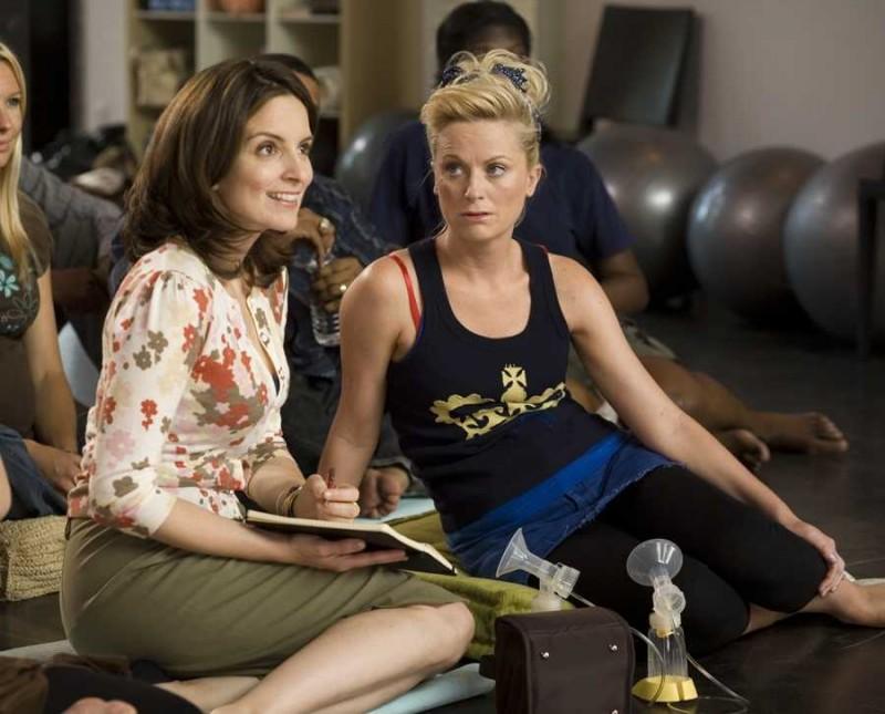 Tina Fey e Amy Poehler in un'immagine del film Baby Mama