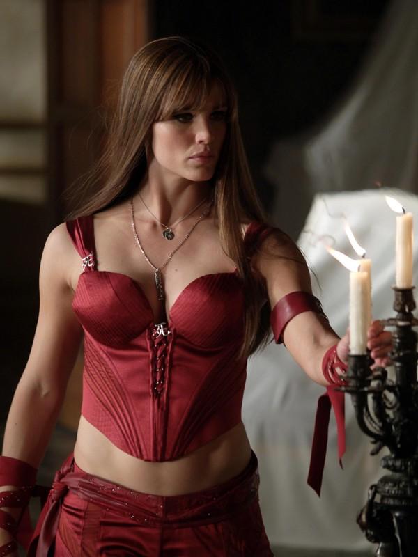 Jennifer Garner nella trasposizione cinematografica del personaggio 'Elektra' del fumetto di Frank Miller