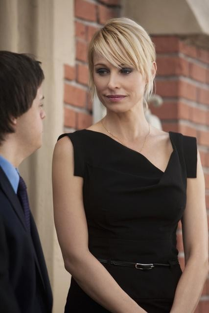 Josie Bissett in una scena dell'episodio Par for the Course de La vita segreta di una teenager americana