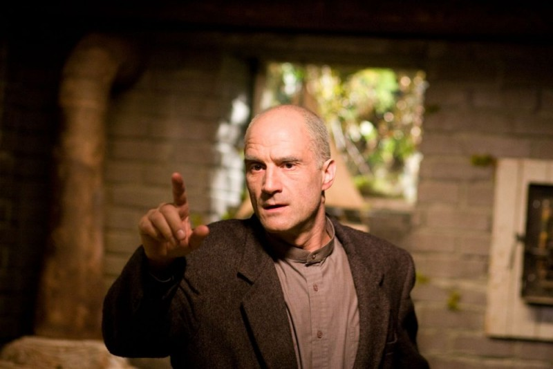 Elias Koteas in una scena del film Il messaggero - The Haunting in Connecticut