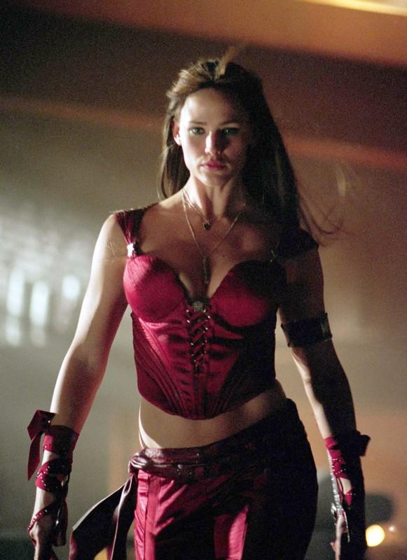 Jennifer Garner (Elektra) in una scena di Elektra