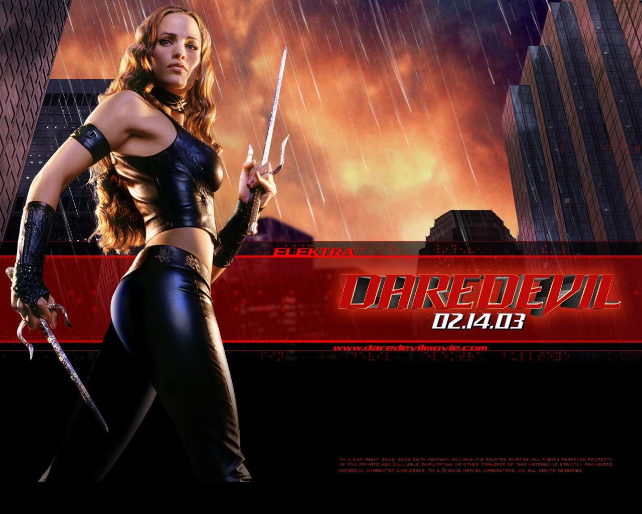 Un wallpaper ufficiale di Elektra (Jennifer Garner) per il film Daredevil