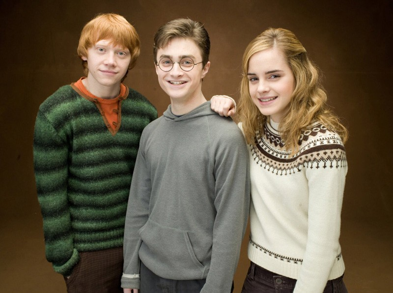 Rupert Grint, Daniel Radcliffe e Emma Watson in una foto promo del film Harry Potter and the Order of the Phoenix