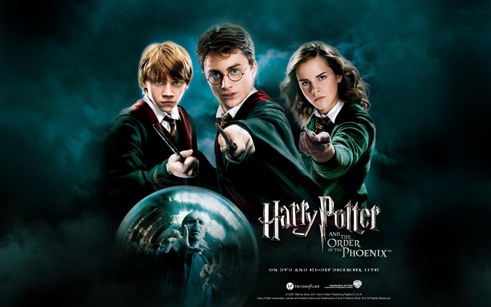 Un wallpaper del trio: Radcliffe, Watson e Grint per il film Harry Potter e l'Ordine della Fenice
