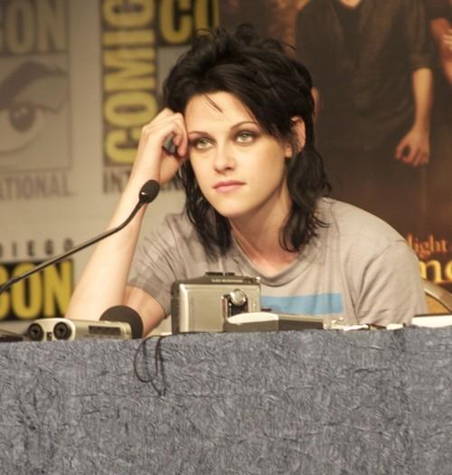 Comic-Con di San Diego 2009 - Kristen Stewart durante il panel di Twilight Saga: New Moon