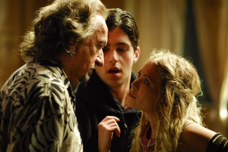 Ben Kingsley, Josh Peck e Mary-Kate Olsen in una scena di Fa' la cosa sbagliata - The Wackness