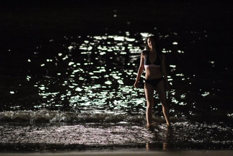 Olivia Thirlby in costume da bagno in una scena del film Fa' la cosa sbagliata - The Wackness