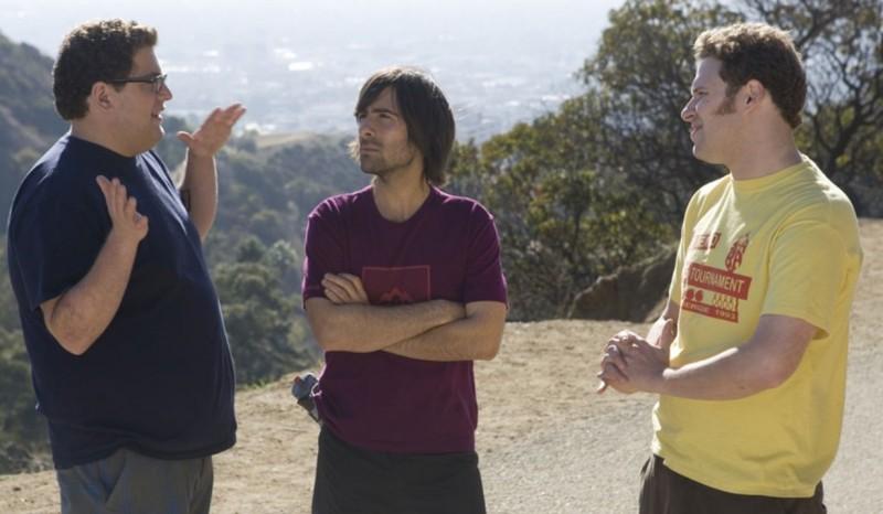 Jonah Hill, Jason Schwartzman e Seth Rogen in una scena del film Funny People