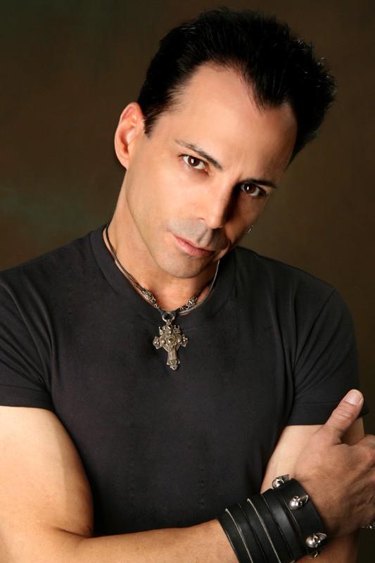 Richard Grieco in una foto promozionale
