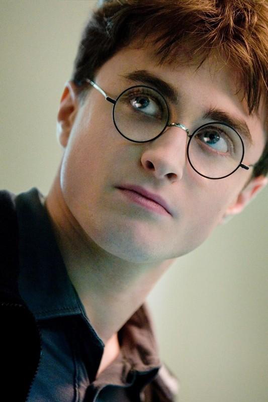Daniel Radcliffe in un'immagine promo per il film 'Harry Potter e il principe mezzosangue'