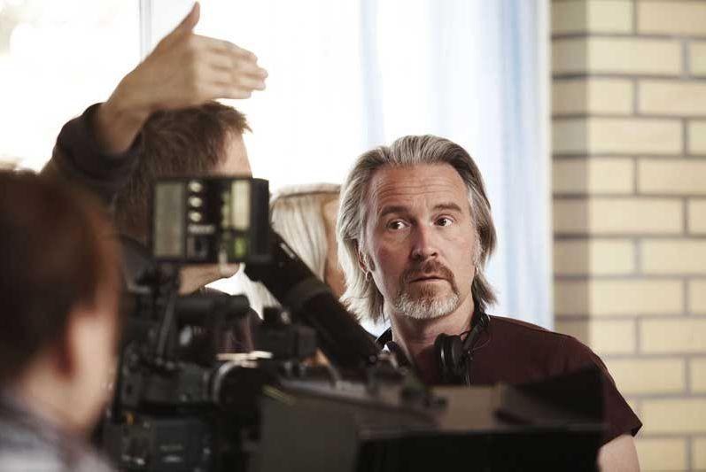 Il regista Jörgen Bergmark sul set del film Una soluzione razionale
