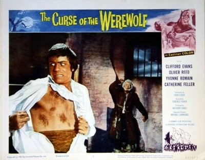 Oliver Reed e Michael Ripper in una lobbycard promozionale del film L\'implacabile condanna