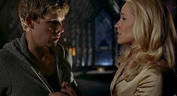 Ryan Kwanten e Anna Camp in un'immagine dell'episodio 'Hard-Harted Hannah' della serie tv True Blood