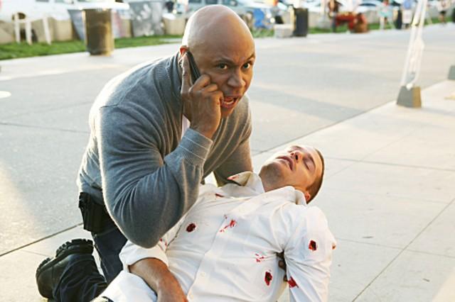 Chris O'Donnell ed LL COOL J in un momento della serie NCIS: Los Angeles