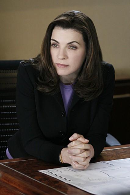 Julianna Margulies in una scena della serie The Good Wife