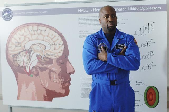 Malik Yoba in una scena dell'episodio Threshold di Defying Gravity