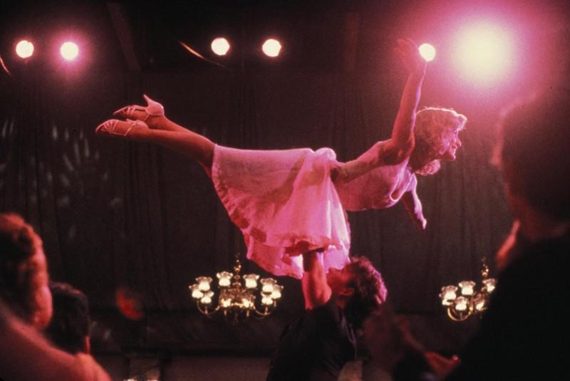 Patrick Swayze e Jennifer Grey durante il ballo finale del film Dirty Dancing
