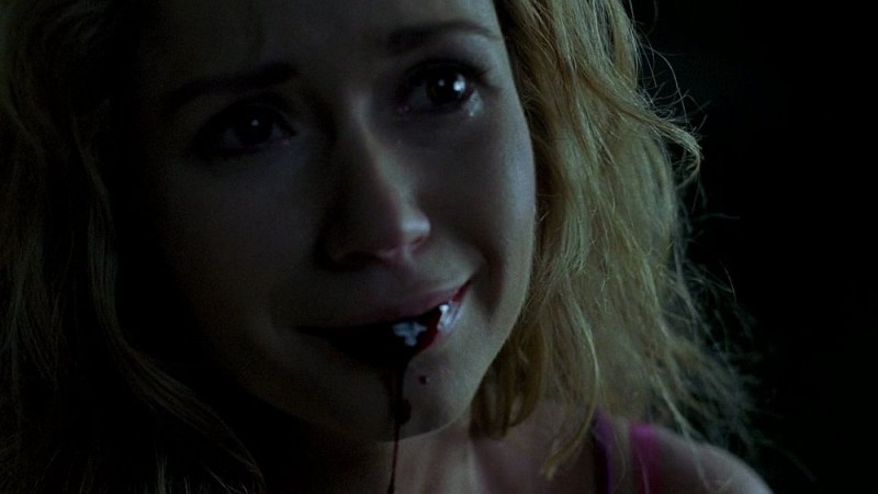 Ashley Jones in una scena dell'episodio 'Release Me' della serie tv True Blood