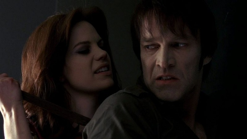 Mariana Klaveno e Stephen Moyer in un'immagine dell'episodio 'Release Me' della serie tv True Blood