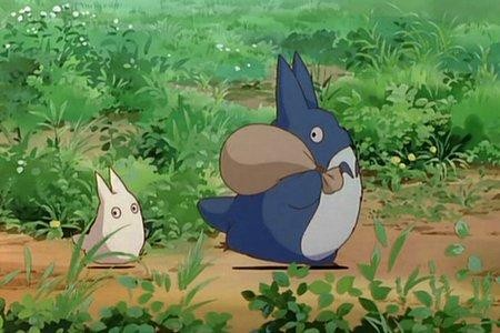 Un'immagine tratta dal film d'animazione Il mio vicino Totoro, diretto da Hayao Miyazaki