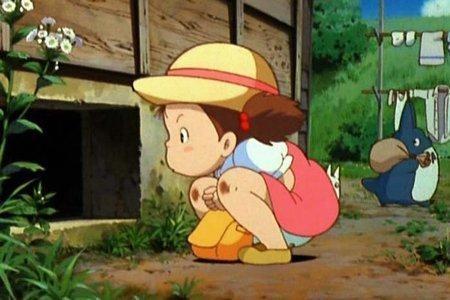 Una scena del film Il mio vicino Totoro di Hayao Miyazaki