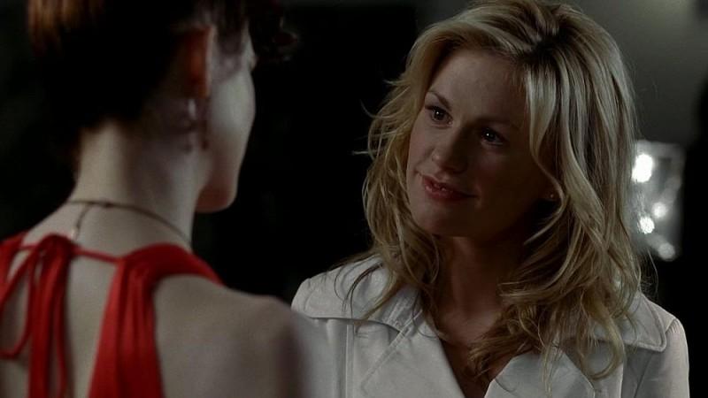 Anna Paquin in una scena dell'episodio 'Timebomb' della serie True Blood