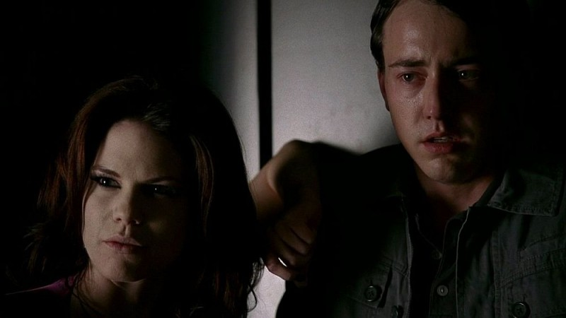 Mariana Klaveno e Chris Coy in una scena dell'episodio 'Timebomb' della serie True Blood