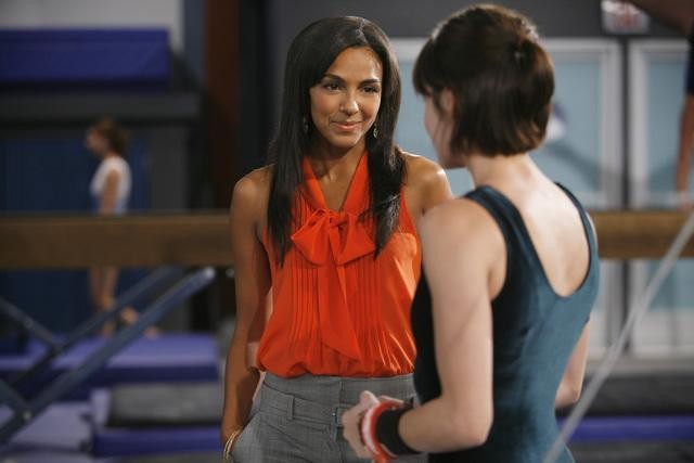 Marsha Thomason in una scena dell'episodio Run, Emily, Run di Make it or Break it