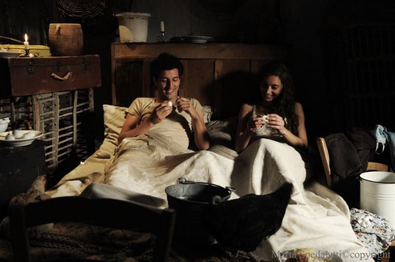 Francesco Scianna e Margareth Madè in una scena del film Baaria di Giuseppe Tornatore