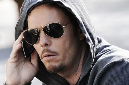 Kevin Dillon in una scena di 'Murphy's Lie', episodio della sesta stagione di Entourage