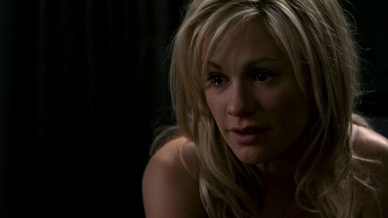 Sookie (Anna Paquin) si confida con il fratello Jason in una scena dell'episodio 'I Will Rise Up' della serie tv True Blood