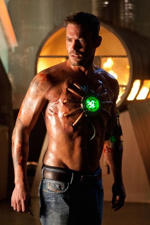Una prima immagine di Brian Austin Green nel ruolo di Metallo nella stagione 9 di Smallville