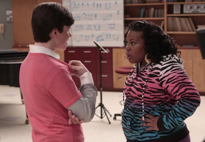 Amber Riley e Chris Colfer in una scena dell'episodio Showmance di Glee