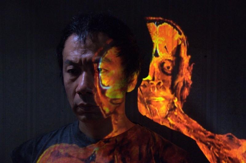 Un'immagine del film Tetsuo - The Bullet Man di Shinya Tsukamoto