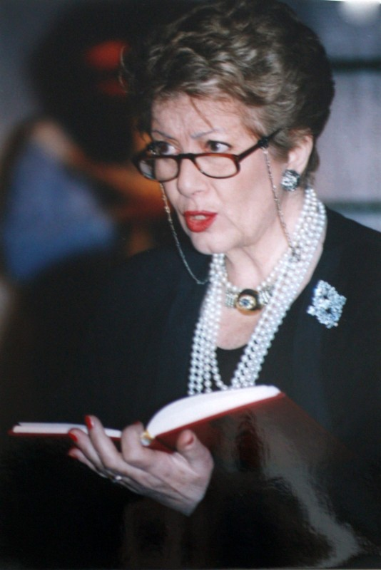 Sonia D\'Ambrosi in scena con I Diari