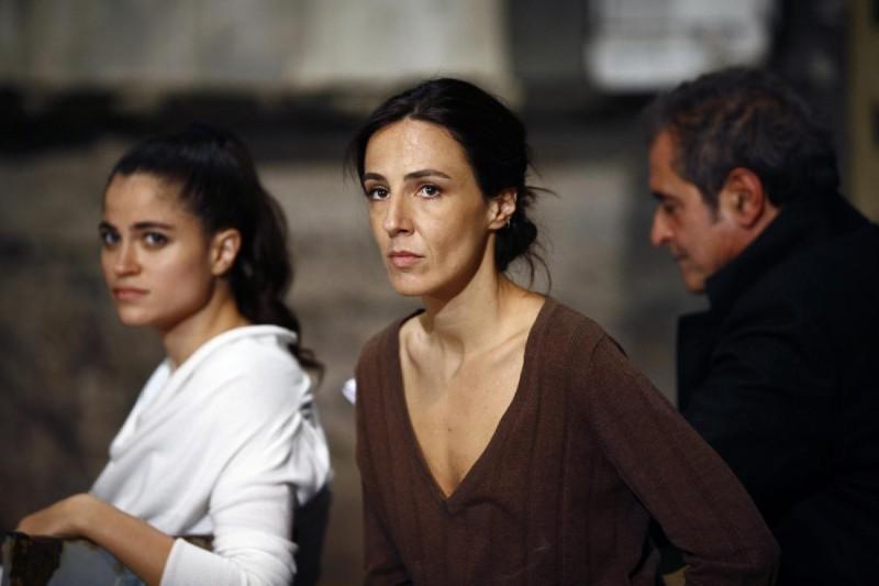 Valentina Carnelutti in un'immagine del film Le ombre rosse