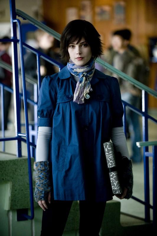 Un'immagine di Alice Cullen (Ashley Green) in una scena del film Twilight: New Moon