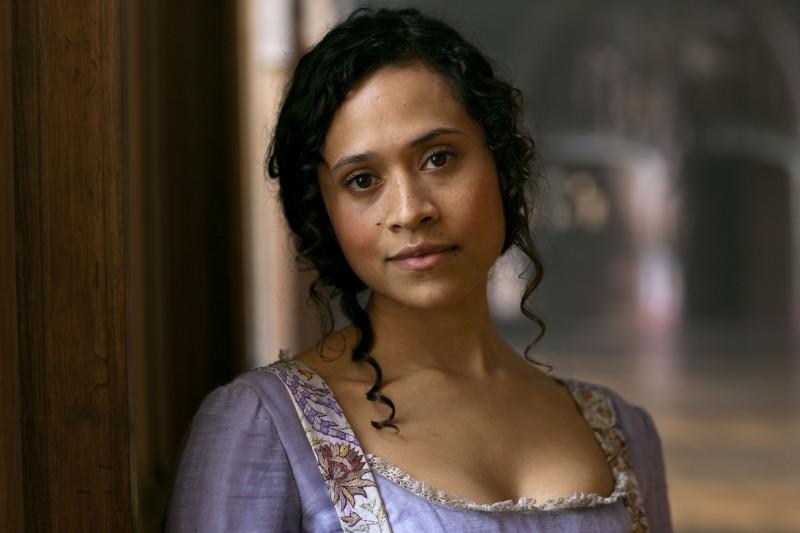 Angel Coulby in una foto promozionale della stagione 2 di Merlin