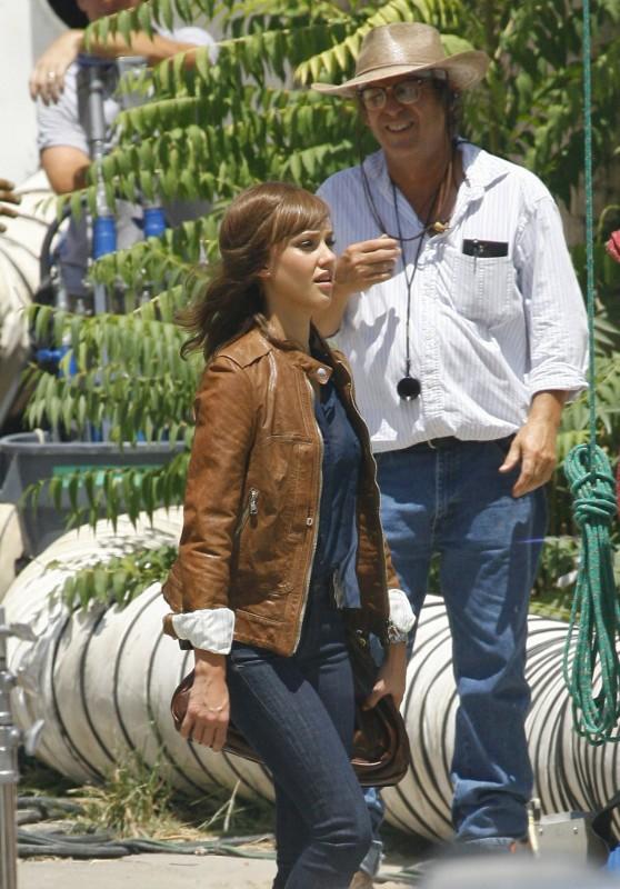 Jessica Alba sul set di Machete, di Robert Rodriguez