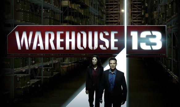 Poster con sviluppo orizzontale della serie SyFy Warehouse 13
