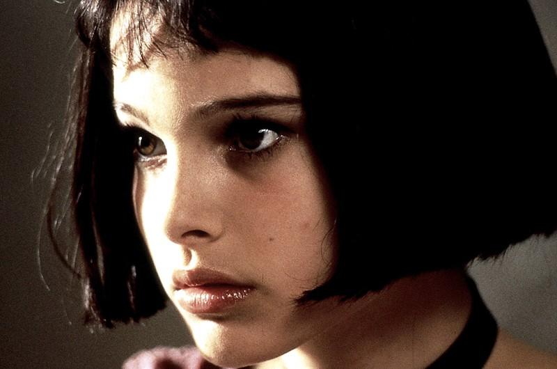 Un primo piano di Natalie Portman che interpreta Matilda nel film Leon